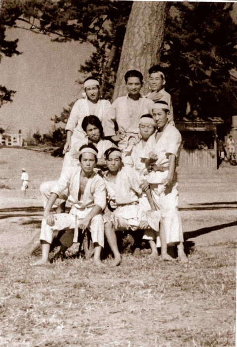 Sept. 2, 1948, bottom left is 17 year old Mr. Ohshima with his college friends on Sado Island.